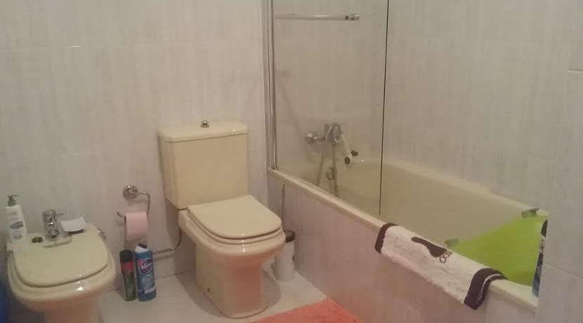 apartamento-T3-abelheira-WC-banheira