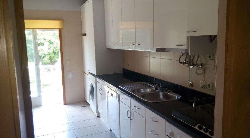 apartamento-T3-Ameal-cozinha