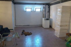 moradia-4 quartos-quintal-cave