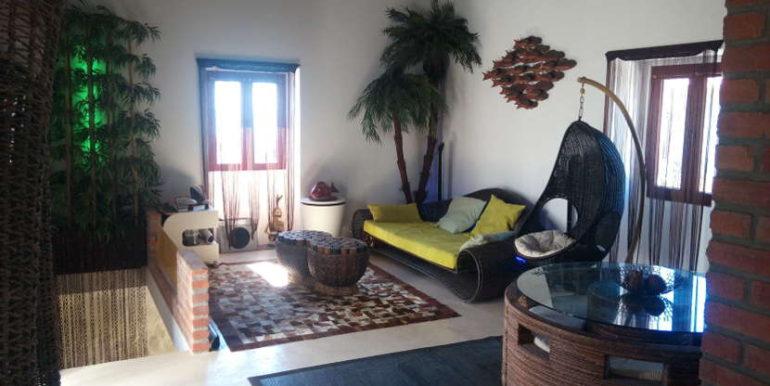 moradia rés do chão salacomum Areosa