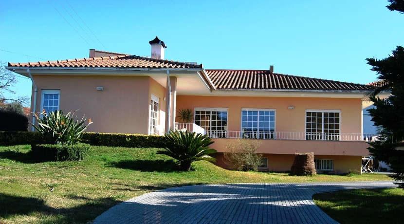 Moradia-Portuzelo-terreno-fachada