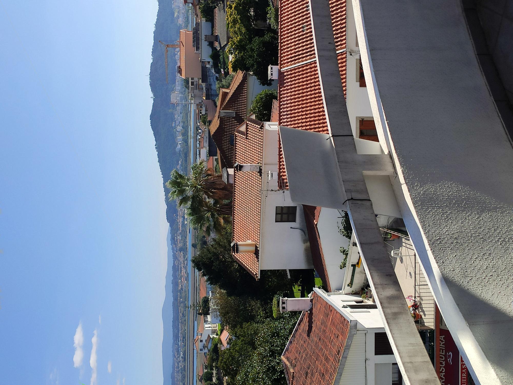 VENDIDO – T3 com garagem e Sótão – Meadela